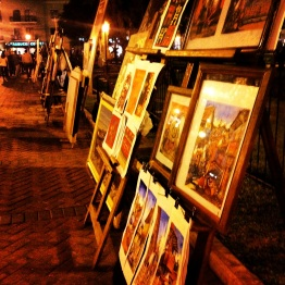 Art for sale in Parque Kennedy