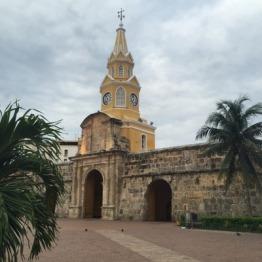 Monumente Torre del Reloj